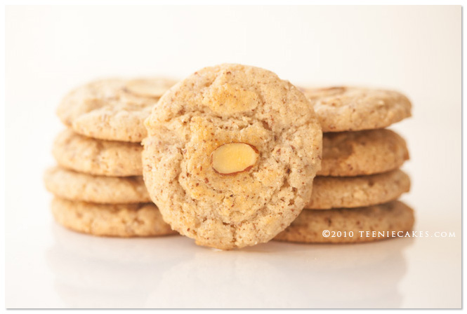Chinese Almond Cookies from TeenieCakes.com
