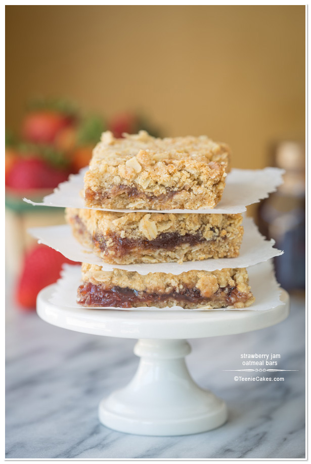 Strawberry Jam Oatmeal Bars | TeenieCakes.com