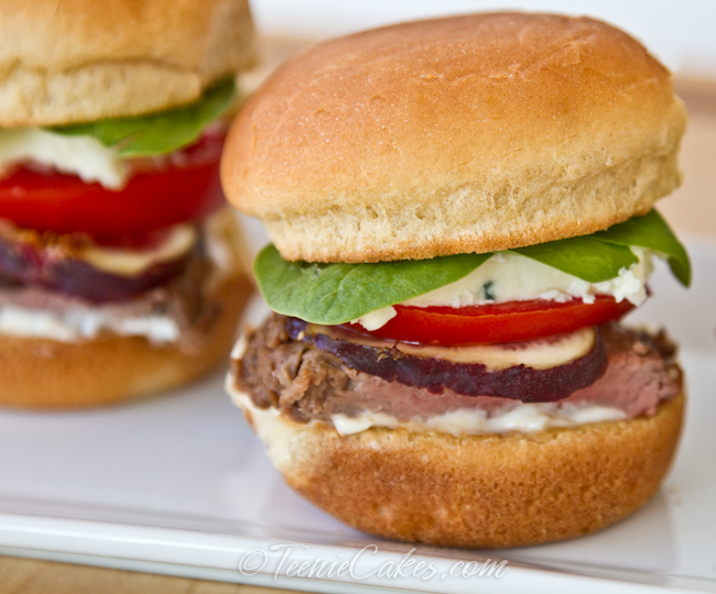 Tri-Tip Sliders with Gorgonzola and Fig