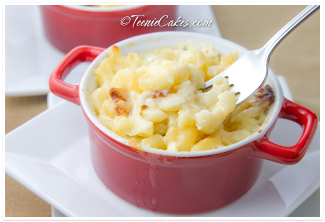 Bacon Macaroni and Cheese with Sharp White Cheddar