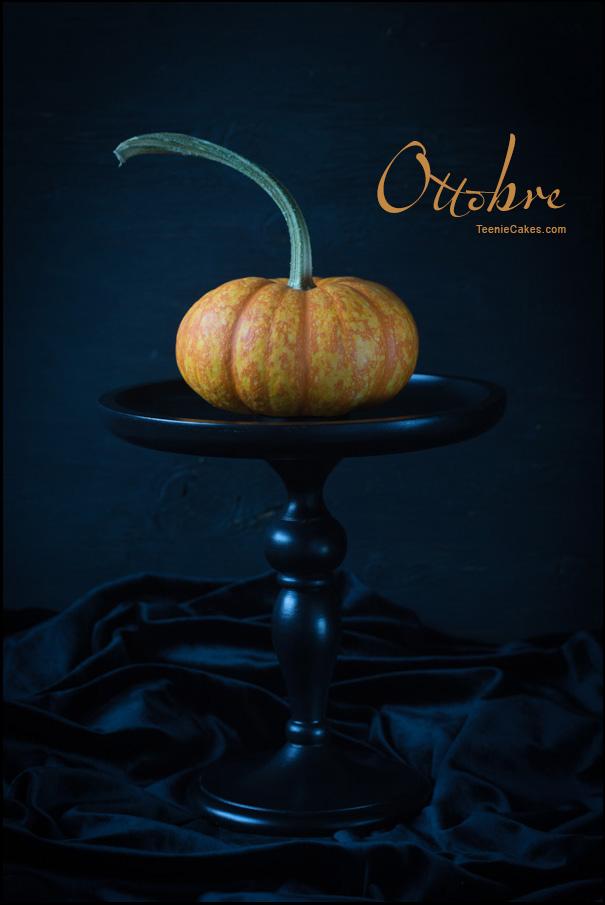 Ottobre - It's the Great Pumpkin ...   (in Italian) | Cristina A-Moore Photography for TeenieCakes.com