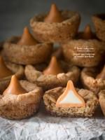 Oatmeal Sugar Cookie Cups w/Pumpkin Spice Kisses