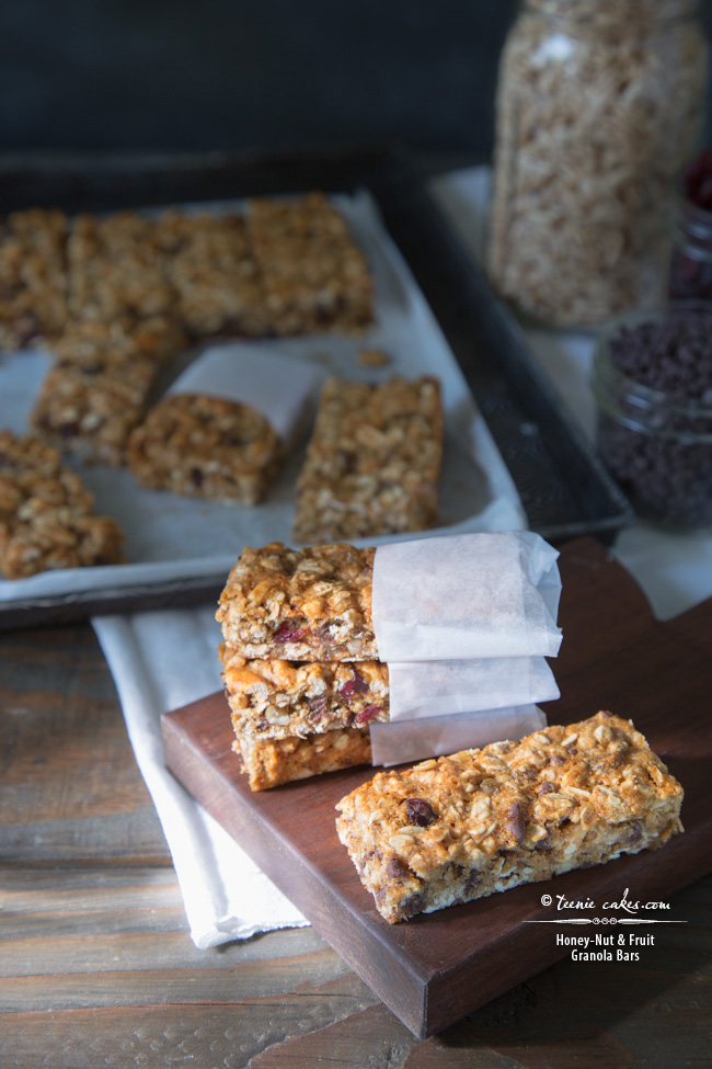 Chewy Honey-Nut & Fruit Granola Bars recipe